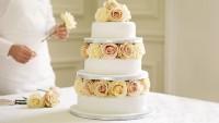 Pastacılık Sırları: 3 Dakikada Düğün Pastası Nasıl Süslenir?