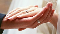 Eşinizi her durumda destekler misiniz?
