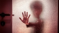 9 Yaşındaki Çocuğu İstismar Eden Kadının Cezası Belli Oldu!