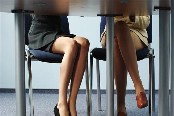 Красивые ножки у женщин фото и то что между ними фото 40194 фотография