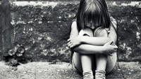 Yargıtay, 8 Yaşındaki Kızını Sevgilisiyle İlişkiye Zorlayan Anneye Beraat İstedi!