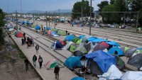 Mülteci Kampında Genelev Skandalı!