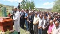 Kayseri'de İmam 'Komünist' Diyerek Cenaze Namazını Kıldırmadı