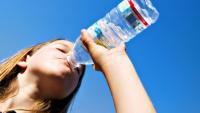 Bol su içmek gençleştiriyor!