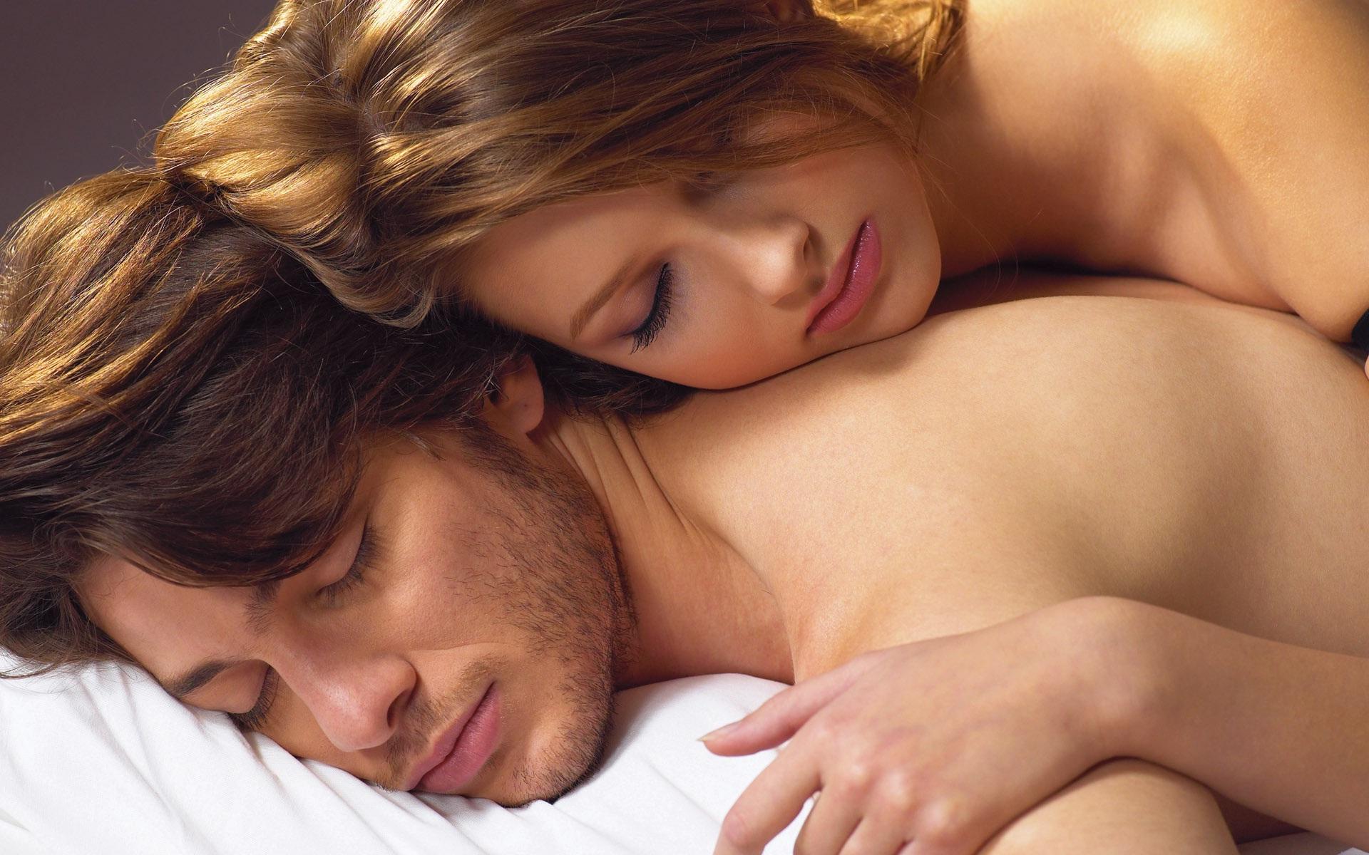 romanticheskoe-video-v-posteli-net-deneg-rasplatilas-naturoy-porno